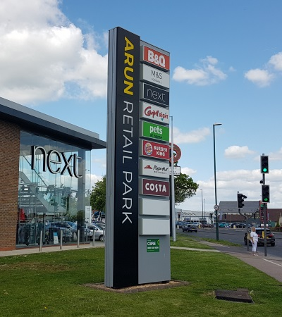 Arun Retail Park totem sign