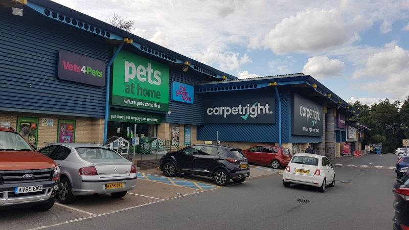 Pets at Home and Carpetright stores at St Edmundsbury Retail Park