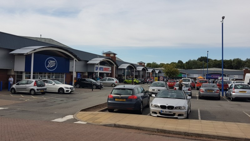 Shops at Riverside Retail Park, Northampton
