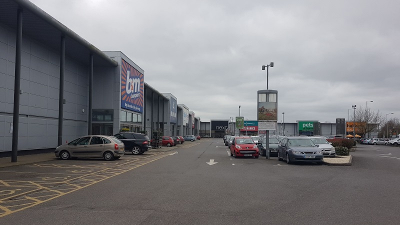 Shops at Brunel Retail Park, Reading