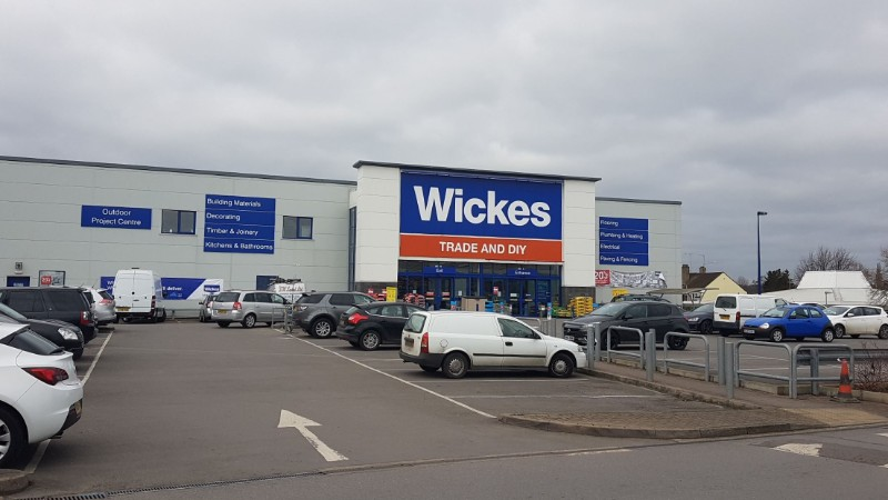 Reading Retail Park - Wickes