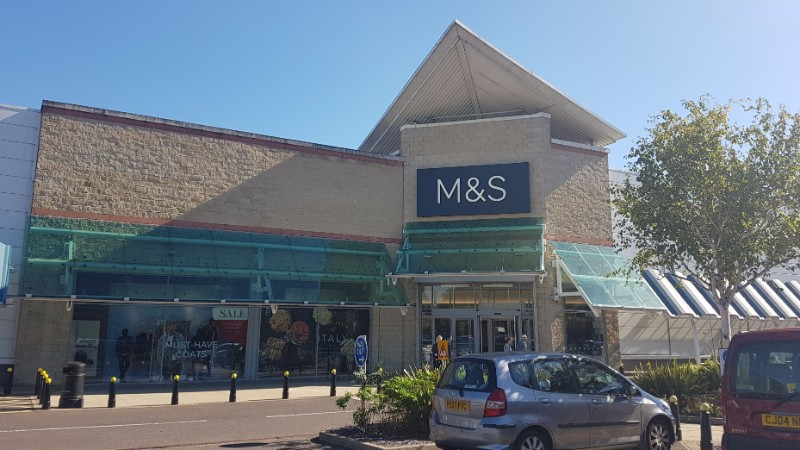 M&S store at Kew Retail Park