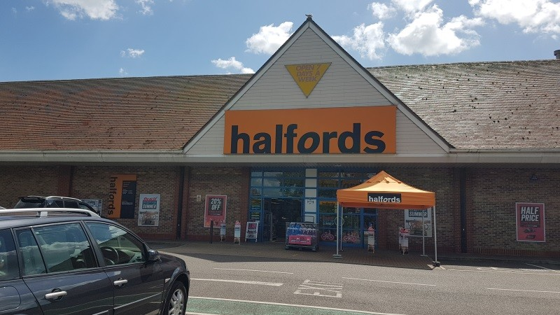 Rustington Retail Park - Halfords