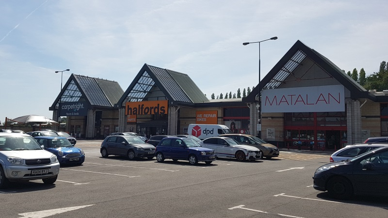 Carpetright, Halfords and Matalan stores at Abbey View Retail Park, St Albans