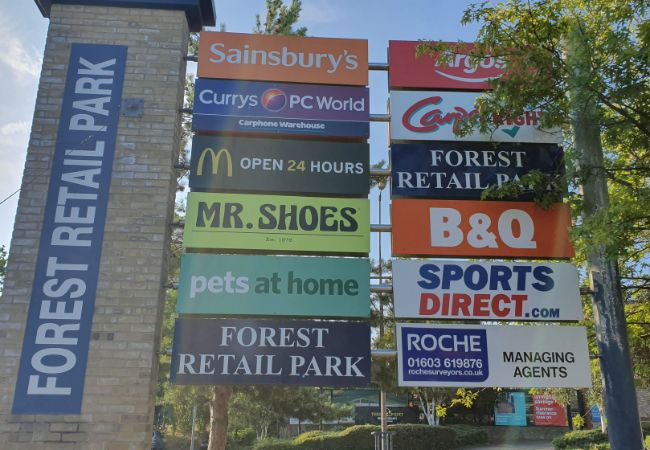 Forest Retail Park sign